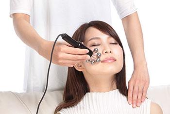 リンパボーラー顔への施術